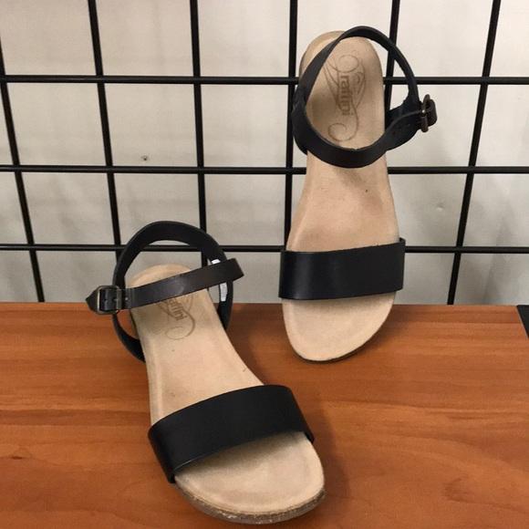 Humberto raffini leather sandals